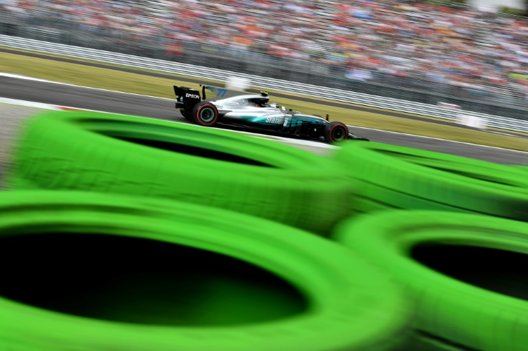 Mercedes' Finnish driver Valtteri Bottas drives during the first practice session at the Autodromo Nazionale circuit in Monza on September 1, 2017 ahead of the Italian Formula One Grand Prix