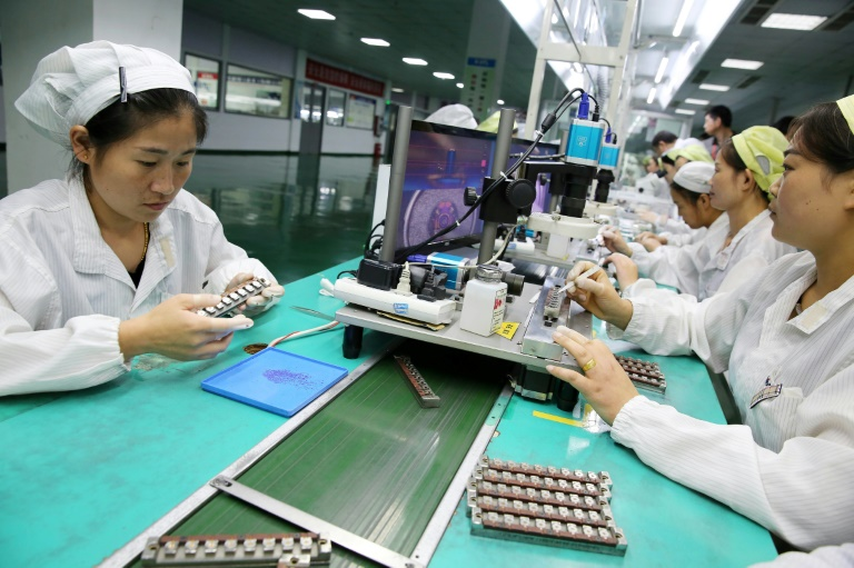China's manufacturing activity accelerated for a second straight month in September 2017, according to official figures