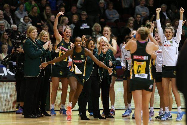 The Proteas celebrate a fine win. Photo: Dianne Manson/Getty Images.