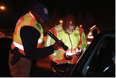 Solly Msimanga teams up with the Tshwane Metro Police Department to check vehicles on Saturday.