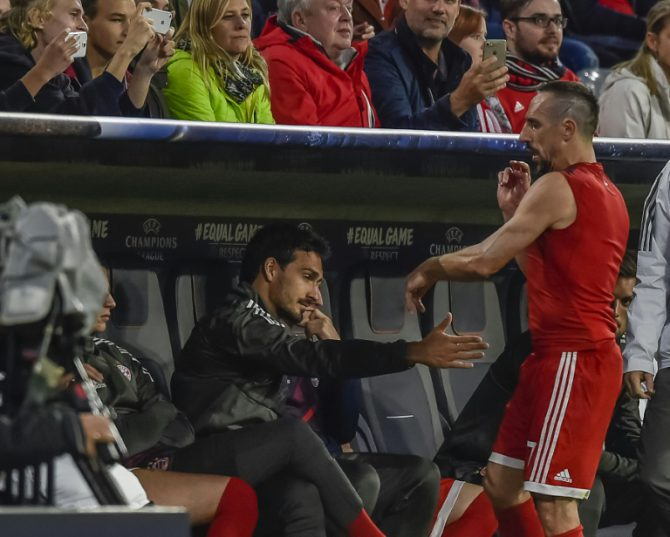 Bayern Munich's French midfielder Franck Ribery flings off his shirt after leaving the pitch during the Champions League group B match against Anderlecht in Munich, southern Germany, on September 12, 2017