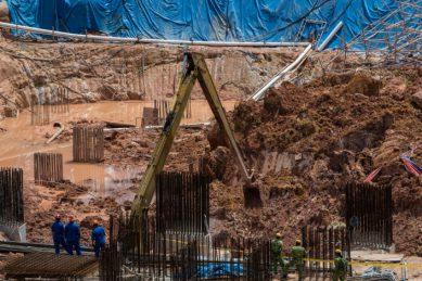 Fourteen feared dead in Malaysian landslide