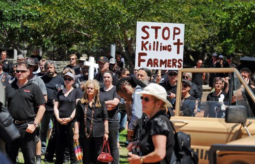 Thousands of farmers and supporters of their cause joined mass rolling convoys around the country as part of #BlackMonday. One of those in convoys in Cape Town ended up at the Cape Town stadium area where prayers took place. Picture: David Ritchie/ANA