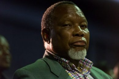'Take politics out of local government,' advises Kgalema Motlanthe