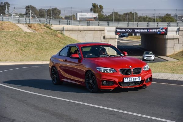 WATCH New BMW Series Raises The Bar The Citizen - Bmw 2 series cost
