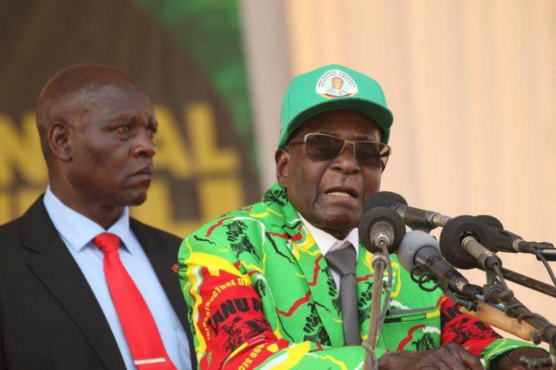 Zimbabwean President Robert Mugabe (right). File photo: ANA