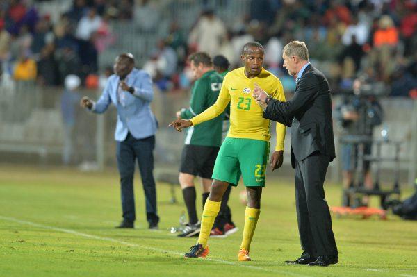 Lebogang Manyama with Bafana coach Stuart Baxter (Photo by Lefty Shivambu/Gallo Images)