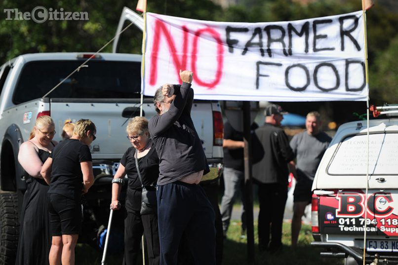 Supporters of the #BlackMonday picket along Hendrik Potgieter Road, 30 October 2017, as they protest against farm murders. Picture: Michel Bega