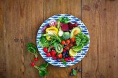 How raw fruits and veggies can boost mental health