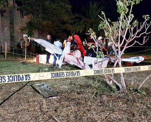 October 7 - A light aircraft pilot was killed when his plane crashed on a plot near Boschkop Road in the Tierpoort area, south of Pretoria on Friday afternoon. Photo: Netcare 911