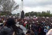 UPDATE – Harare crowd heads to Mugabe private home