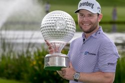 The putt that helped Branden Grace make history