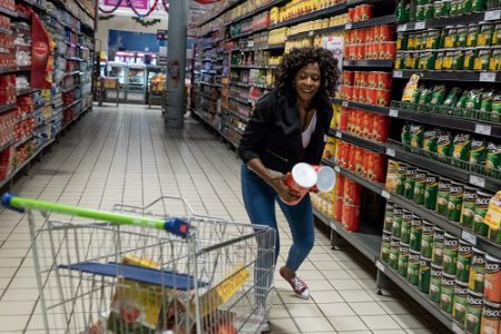 Mathapelo Lenea rushes to fill her trolley with goods at the Pick 'n Pay in Maponya Mall on 22 November 2017. Mathapelo was the winner of the Citizen's trolley dash competition, and had 60 seconds to fill her trolley with as much goods as possible. Picture: Yeshiel Panchia