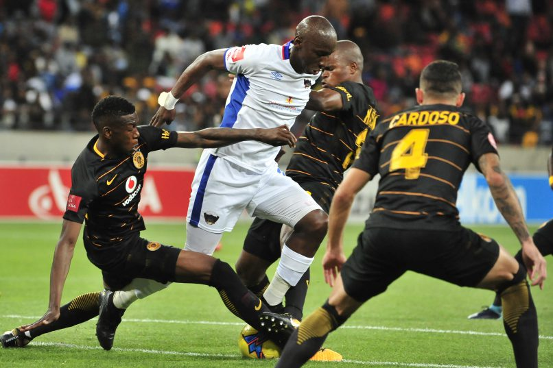 Mark Mayambela of Chippa United surrounded by Chiefs defenders during the Absa Premiership 2017/18 game between Chippa United and Kaizer Chiefs at Nelson Mandela Bay Stadium. (Deryck Foster/BackpagePix)