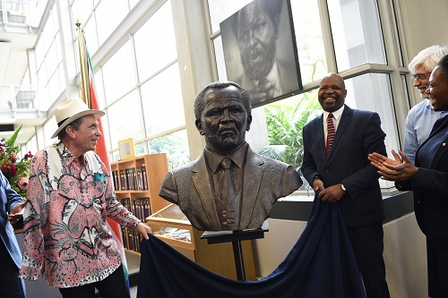 Retired Judge Justice  is seen unveiling a new bust of Oliver Tambo at the University of Pretoria's Law Library, 8 December 2017, Pretoria. Picture: Jacques Nelles