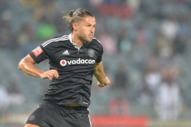No hard feelings between Pirates and Marc van Heerden