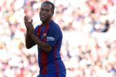 Retiring Ronaldinho thanks ball