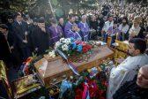 Hundreds mourn slain Kosovo Serb politician at funeral