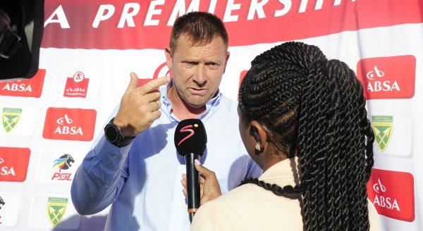 Tinkler backs Lucas Radebe for Safa presidency