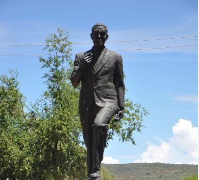 Mangope's statue.
