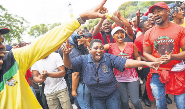 Nehawu members protest outside the Unisa main campus, demanding increased wages. Picture: Jacques Nelles