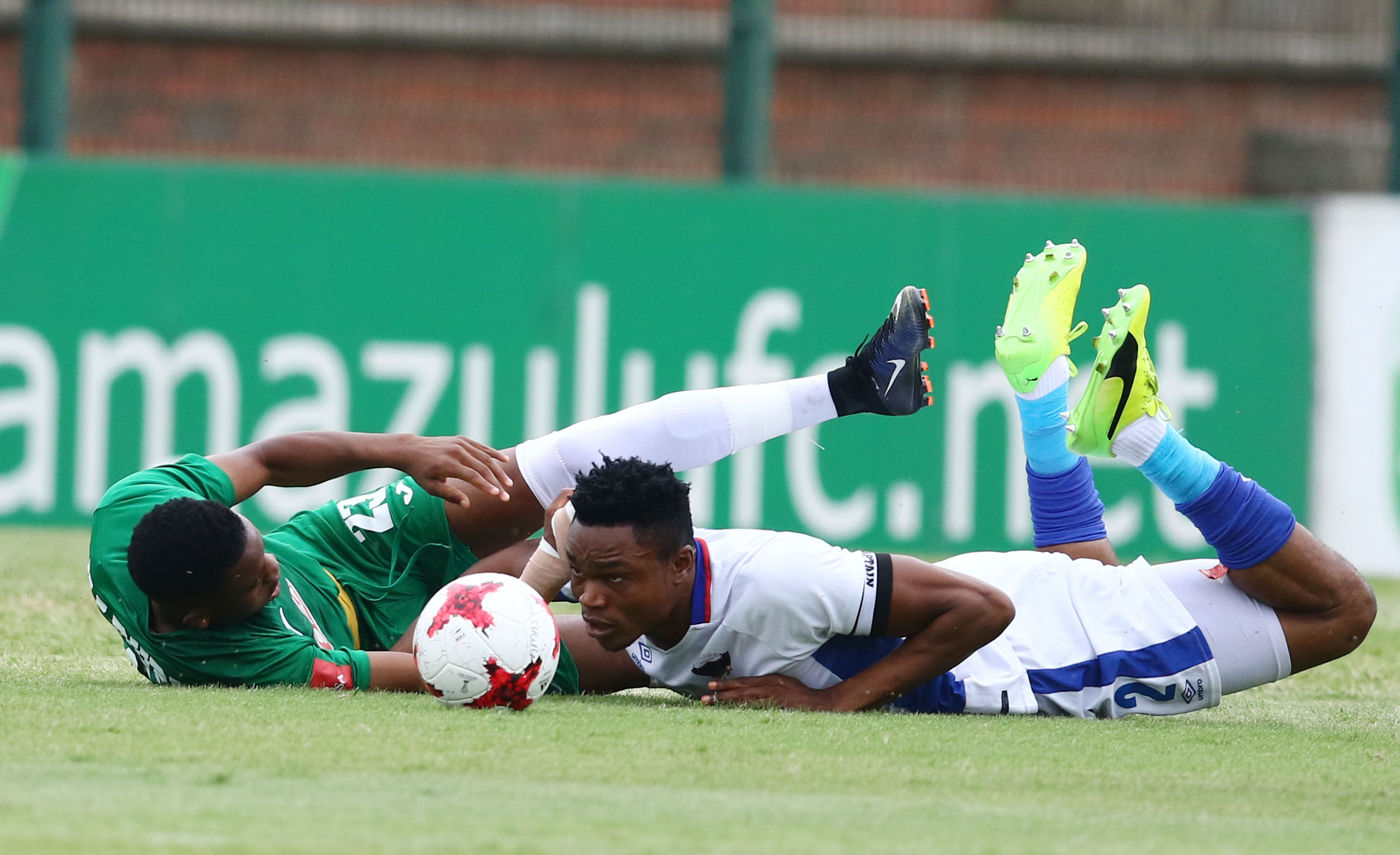 DURBAN, SOUTH AFRICA - JANUARY 07: Ovidy Karuru of Amazulu and James Okwuosa of Chippa United battle for possession during the Absa Premiership match between AmaZulu FC and Chippa United at King Zwelithini Stadium on January 07, 2018 in Durban, South Africa. (Photo by Anesh Debiky/Gallo Images)