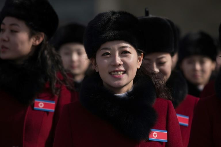 Pence says U.S. wants peaceful solution to North Korea crisis