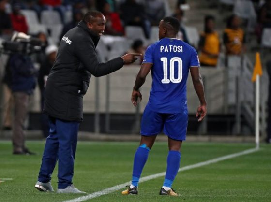 Benni McCarthy, head coach of Cape Town City instructs Ayanda Patosi (Chris Ricco/BackpagePix)