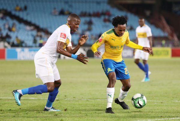 Percy Tau of Mamelodi Sundowns challenged by Thamsanqa Mkhize of Cape Town City (Muzi Ntombela/BackpagePix)