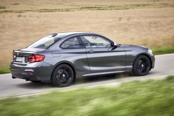 Benz And Beemers >> Very classy yet reasonably priced BMW 220i and 220d driven – The Citizen