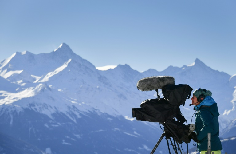 71% of Swiss reject ending radio, TV fees