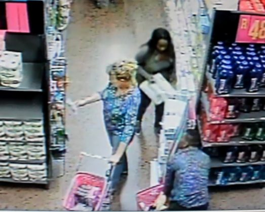 WATCH: Thieves steal Game shopper's handbag with ease