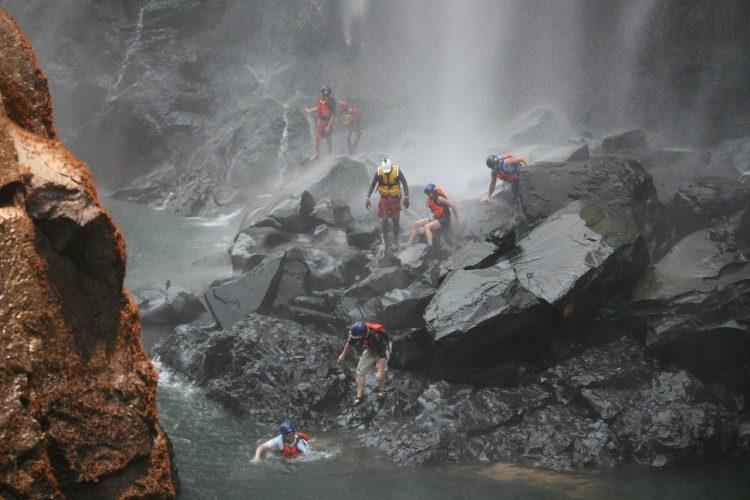 swimming-under-victoria-falls
