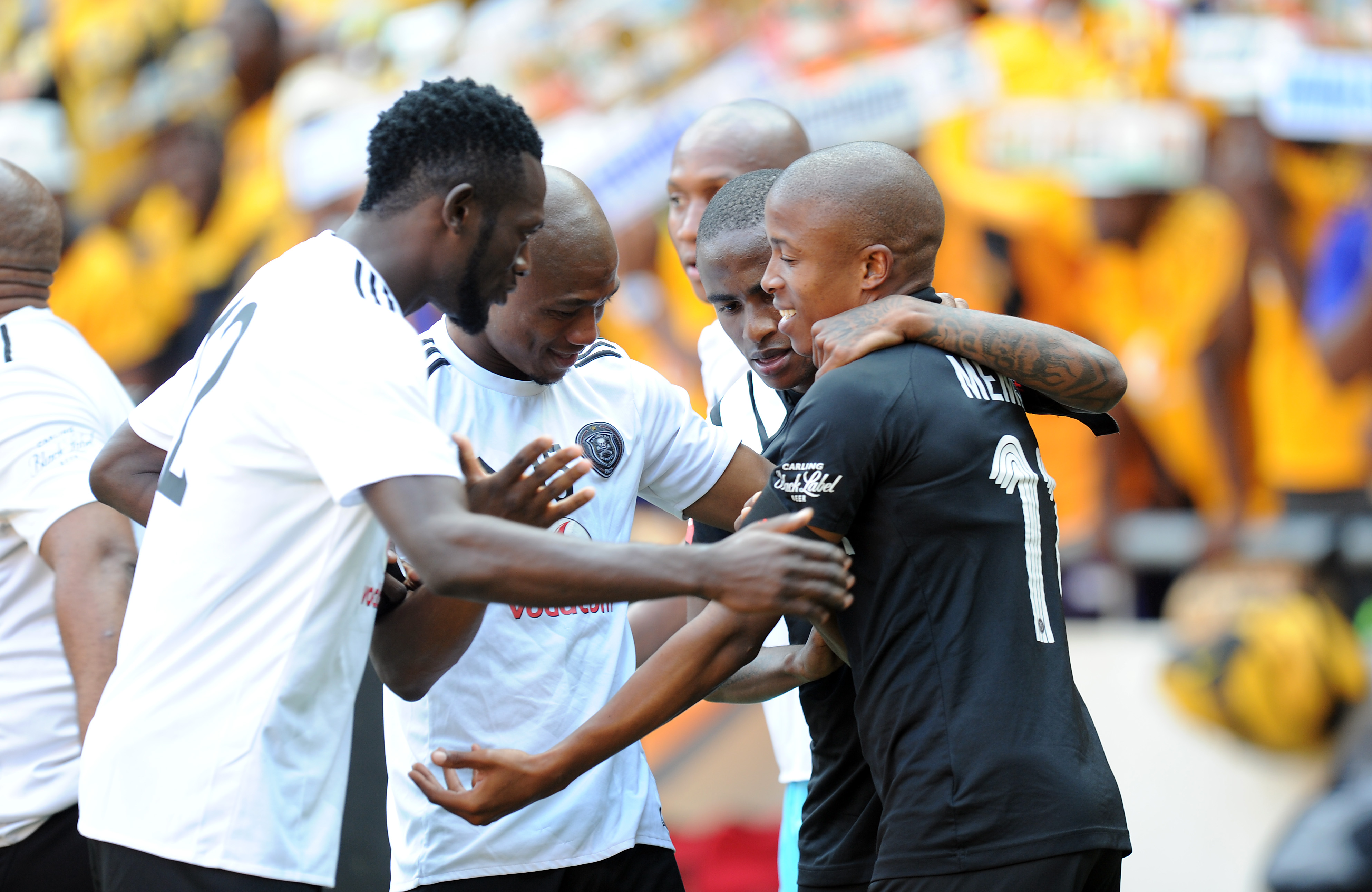 JOHANNESBURG, SOUTH AFRICA - MARCH 03: Luvuyo Memela celebrating his goal with team mates of Orlando Pirates during the Absa Premiership match between Orlando Pirates and Kaizer Chiefs at FNB Stadium on March 03, 2018 in Johannesburg, South Africa. (Photo by Gallo Images)