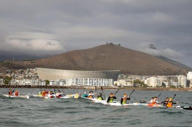 Mocké and Notten win inaugural Freedom Paddle in Cape Town