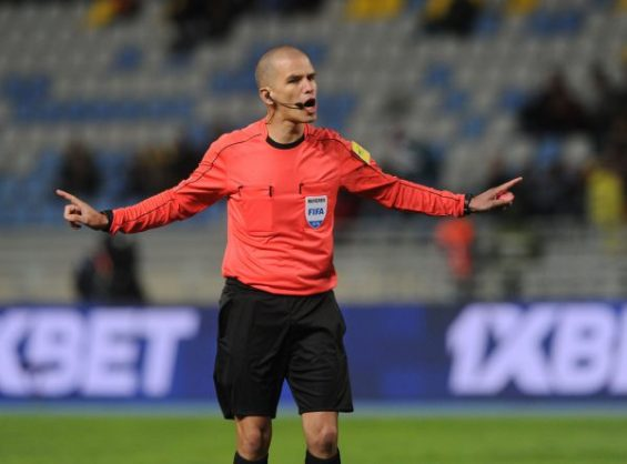 Confederation of African Football heap praise on SA ref Victor Gomes