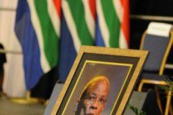 Ramaphosa bids farewell to Zola Skweyiya a 'selfless leader'