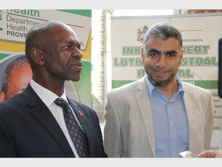 MEC of Health Dr Sibongiseni Dhlomo and Dr EH Abdel Goad, who led the operation. Photo supplied.