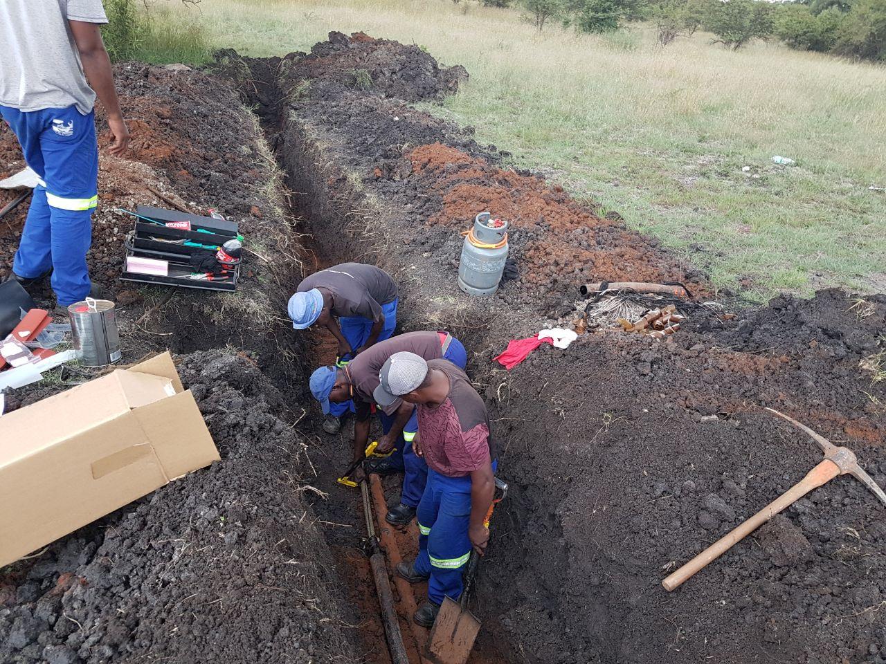 Tshwane metro electricians restoring the power.