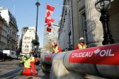 Support rises for controversial Canada pipeline
