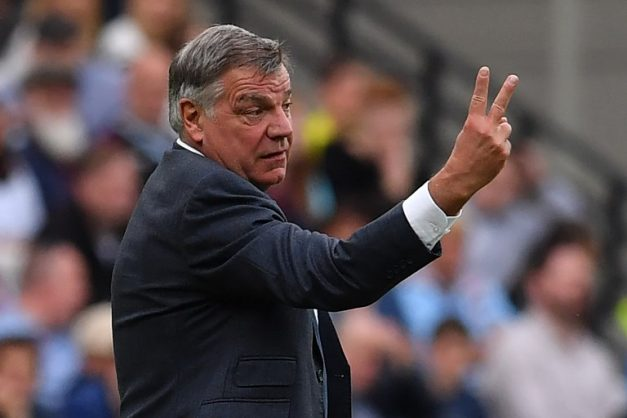 Everton's English manager Sam Allardyce gestures on the touchline during the English Premier League football match between West Ham United and Everton at The London Stadium, in east London on May 13, 2018. / AFP PHOTO / Ben STANSALL / RESTRICTED TO EDITORIAL USE. No use with unauthorized audio, video, data, fixture lists, club/league logos or 'live' services. Online in-match use limited to 75 images, no video emulation. No use in betting, games or single club/league/player publications.  /
