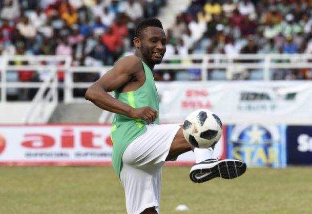 Nigerian player John Mikel Obi  / AFP PHOTO / PIUS UTOMI EKPEI