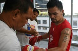 Pacquiao says trainer Roach 'never left' his team