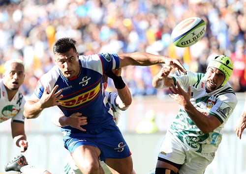 Damian de Allende of the Stormers during the Super Rugby match between DHL Stormers and Chiefs at DHL Newlands Stadium on May 12, 2018 in Cape Town, South Africa. (Photo by Carl Fourie/Gallo Images)