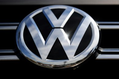 VW to stop doing business in Iran – Bloomberg