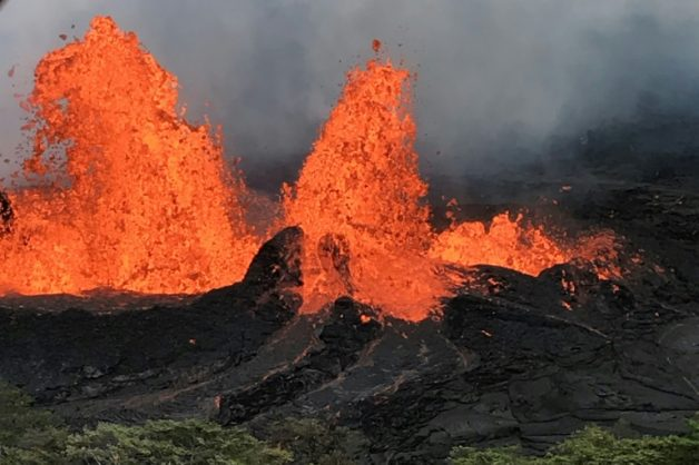 Lava surges out of Kilauea volcano in Hawaii | © US Geological Survey/AFP | HO