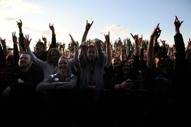 IN PICTURES: Seether return home to rock SA crowd