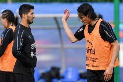 Cavani praises Uruguay's 'attitude' and 'mentality' in Chile win