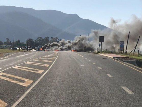 Plettenberg Bay a 'war zone', say residents