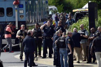 Gunman attacks journalists at Maryland newspaper, 5 dead